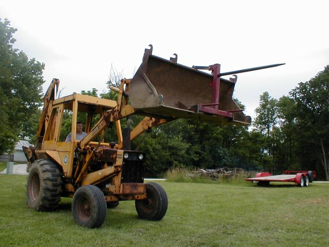 Hay Tractor With Loader : Hay spear for loader bucket using yesterday s tractors