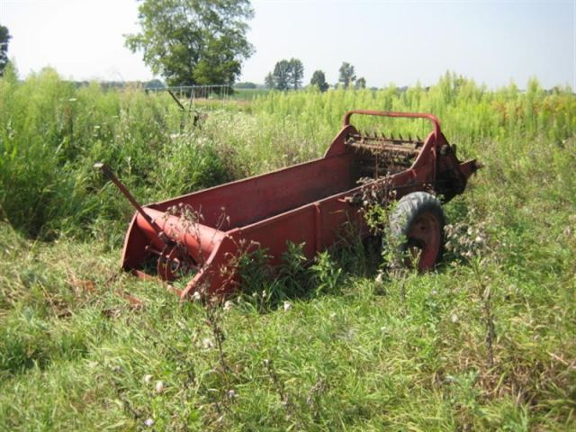 Farmall Manure Spreader : Manure spreader farmall cub