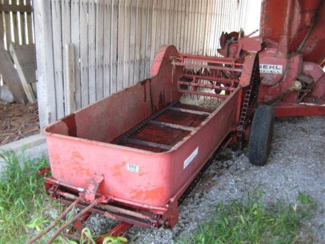 Farmall Manure Spreader : Dearborn spreader farmall cub