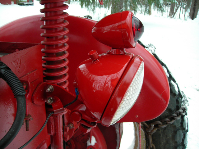 International Tractor Rear Lights : The new rear combination work light made difference