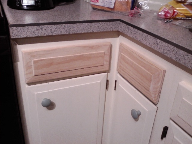 Kitchen cabinet drawer repair lovely kitchen cabinet for Kitchen cabinets repair