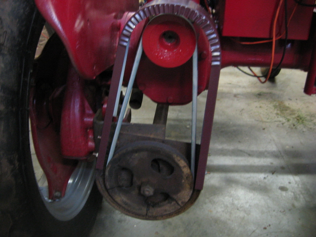 Sickle Mower operation *With Video* - Farmall Cub