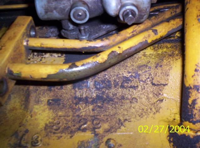 Removing hydraulic pump - Farmall Cub